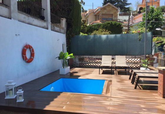 Instal·lació de tarima exterior a Barcelona